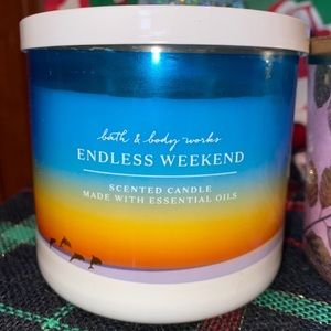 Endless Weekend 3 Wick Candle